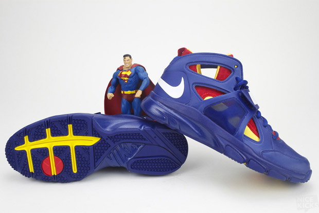 "Footwear Focus: Nike Zoom Huarache Trainer ""Superman"""