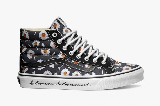 "Vans ""Love Me, Love Me Not"" Valentine's Day Pack"