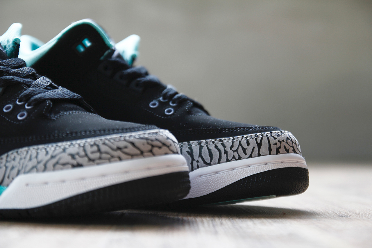 Air Jordan 3 GS Black Mint Green Cement Grey